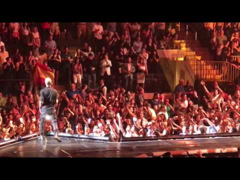 Download Enrique iglesias New York 2017 Madison square garden Mp4 HD Video and MP3