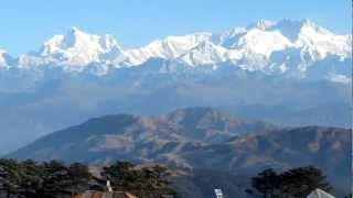 preview picture of video 'Hiking in India, Darjeeling & Sikkim'