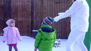 preview picture of video 'scary snowman'