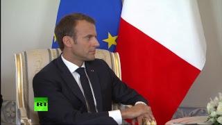 Встреча Путина с президентом Франции Макроном на ПМЭФ