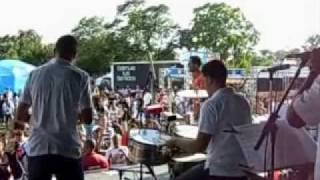 Huey Dunbar - Aveces Me Pregunto -  PUERTO RICAN FESTIVAL, CHICAGO USA 2009