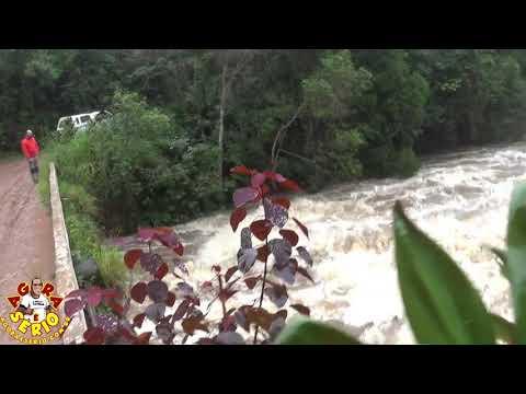 Rio Juquiá transborda e invade a Cachoeira da Morte