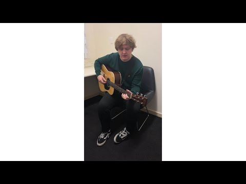 Before You Go <br>Backstage Version<br><font color='#ED1C24'>LEWIS CAPALDI</font>