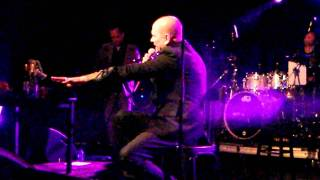 Gavin Friday - Another blow on the bruise (Live-Hasselt-15.02.12)