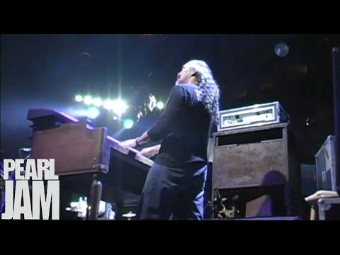 Love Boat Captain - Live at Madison Square Garden - Pearl Jam