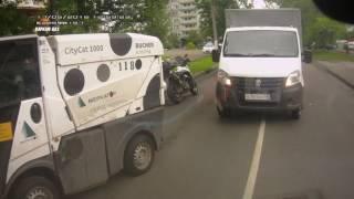 авария с участием мотоцикла...Кто виноват???