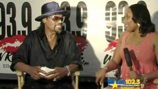 Chuck Brown - The Godfather of Go-Go at Stone Soul - tv.uQastTV.com
