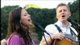 Joey and Rory in the Second Cup Cafe