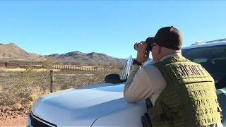 """Police frontalière américaine :""""besoin de bien plus qu'un mur"""""""
