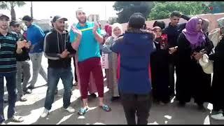 اسفي :فيديو…. وقفتين احتجاجيتين للباعة الجائلين الغير المستفيدين من عملية توزيع الاكشاك بسوق البركة حي الكورس.