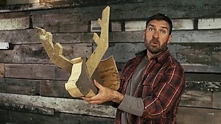 How To Make A Barnwood Deer Head - DIY Network