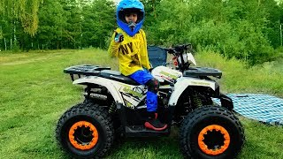 Surprise for kid! Mom buy new quad bike. Den ride on power wheels for kids