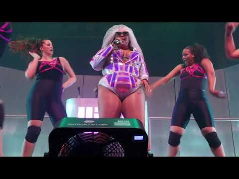 """LIZZO """"Truth Hurts"""" @ The Ogden"""