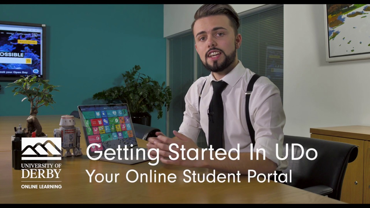 A man talking about the student portal UDo