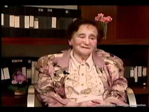 Elena Cederboim habla de la primera época de la conquista alemana y nos explica sobre la vida diaria en el gueto de Lodz