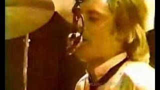 Queen - I'm In Love With My Car [Live In London 1979]