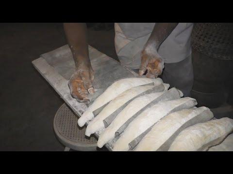 Awala : Artisan boulanger de père en fils.