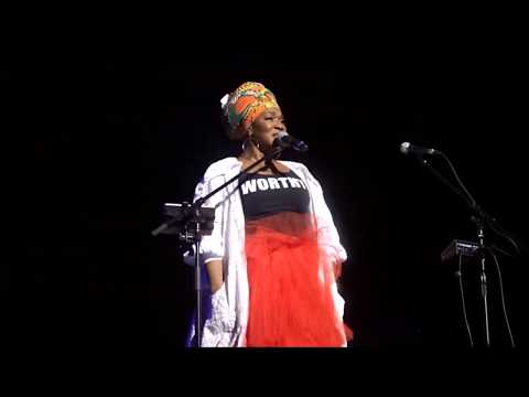 """India Arie singing Prince """"Diamonds and Pearls"""""""