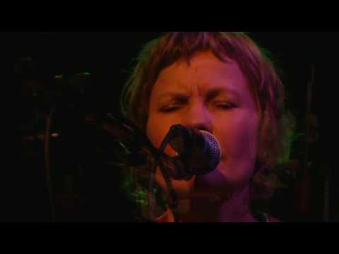 "Lisa Richards   ""In to Graves""   Live at RutaMaya"