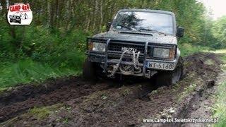 preview picture of video 'CAMP 4x4 Małe Jodło - Przejazd przez błoto  Isuzu Trooper i Opel Frontera Off-Road'
