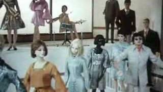 """Kraftwerk """"Schaufensterpuppen"""" + """"Men and Mannequins"""""""