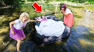 ทำไมจ้าวนอนลอยอยู่บนน้ำแม่น้ำ? 🛌🤣 ชิคกี้พาย แกล้งจ้าว
