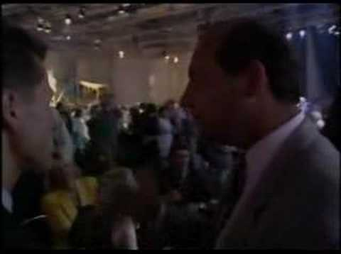 Image: 1993: Watch Ron Dennis try to lure Michael Schumacher to McLaren!