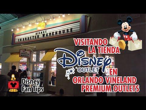 """Visitando la tienda Disney Outlet """"Disney Character Warehouse""""."""
