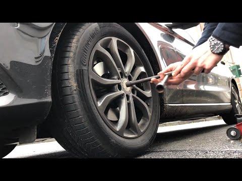 PKW Reifen wechseln Wechsel und Montage Autoreifen vorne Mercedes Benz C180 Limousine Anleitung