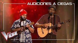 Domingo Ondiz y Roy Borland cantan