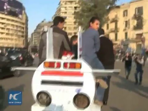 """""""Egyptian Monster"""", cars to beat Cairo snarl-up"""