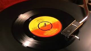 Little Joey & The Flips - Bongo Stomp - 1962 45rpm