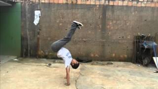 preview picture of video 'Break dance B-boys CF.wmv'