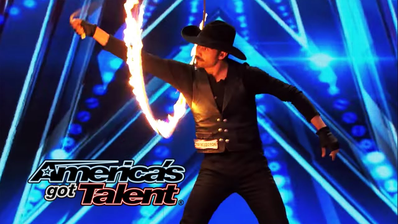Loop Rawlins: Cowboy Does Tricks With Burning Ropes - America's Got Talent 2014 thumbnail