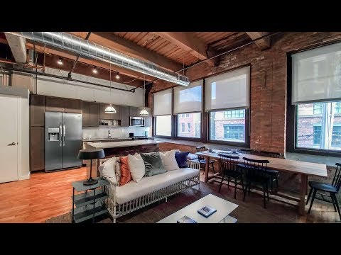 A West Loop 2-bedroom, 2-bath at The Lofts at Gin Alley
