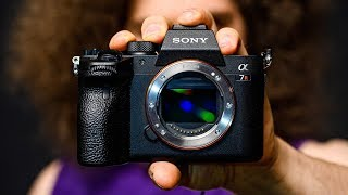 OFFICIAL Sony a7R IV Hands On PREVIEW!!! Was THIS even NEEDED?