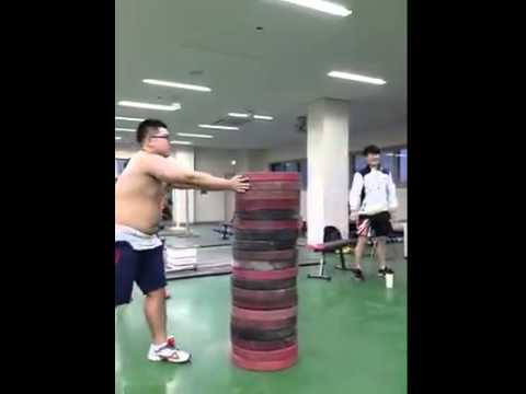 Crazy Korean Weightlifters Performing Plate Jumps