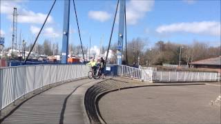 preview picture of video 'Level crossing and steam train at Preston dock'