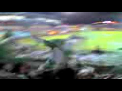 """""""Barra Cantando"""" Barra: Máfia Verde • Club: Liga de Portoviejo"""