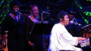 "Aretha Franklin ""Bridge Over Troubled Water"""