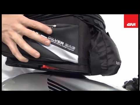 Avec le nouveau System TankLock pour sacoches de réservoir, nous avons éliminé toutes les sangles ou tous les aimants que nous avons utilisés jusqu'à maintenant pour fixer les sacoches sur les motos. Il suffit de la positionner sur la bride et d'appliquer une légère pression jusqu'à sentir le « clac » classique. Les brides à monter sur le réservoir sont différentes selon le type de bouchon.