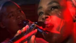 "Zahara performs""Lizalise idinga lakho"" live on expresso (26.10.2012)"