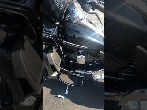 2016 Harley-Davidson FLTRU ROAD GLIDE ULTRA in Greenbrier, Arkansas - Video 1