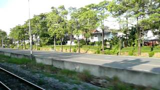 preview picture of video 'Bangkok Commuter train ride Sam Sen - Bang Sue Junction'
