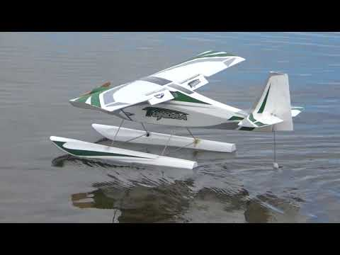 durafly-tundra-1300mm-sports-model-on-flooding-river-krka-slovenia
