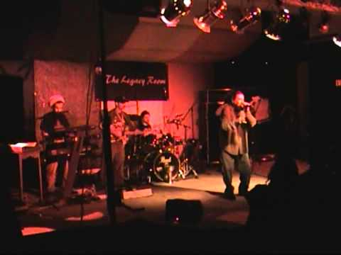 Maka Roots and I-Sight Band inna Hopiland