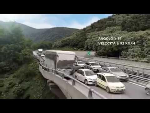 Strage del viadotto, la ricostruzione choc dell'incidente dove morirono 40 persone