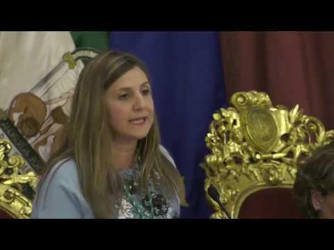 Irene García, investida como presidenta de la Diputación