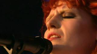 Florence + The Machine - You've Got The Love (GF 2010)