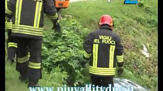 preview picture of video 'Volontari in azione ad Alzano Lombardo'